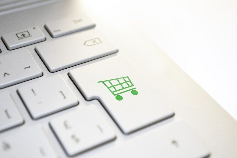 Unlock The Potential Of Your e-Commerce Website With Chatbots