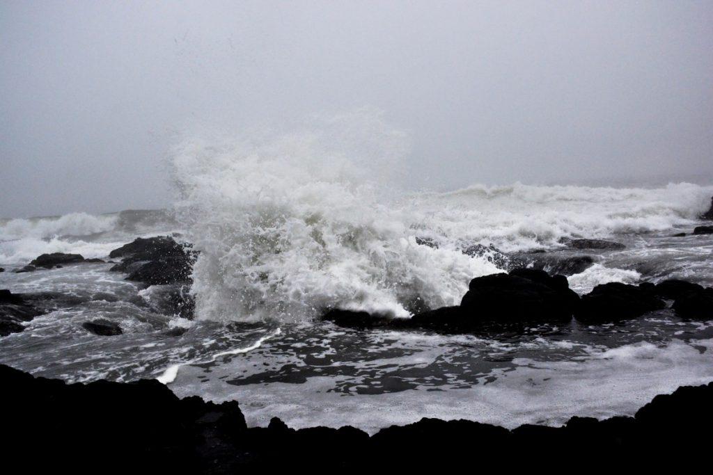 sea, coast, rock, ocean, snow, black and white, shore, wave, ice, weather, storm, monochrome, freezing, monochrome photography, atmospheric phenomenon, geological phenomenon, wind wave, Free Images In PxHere